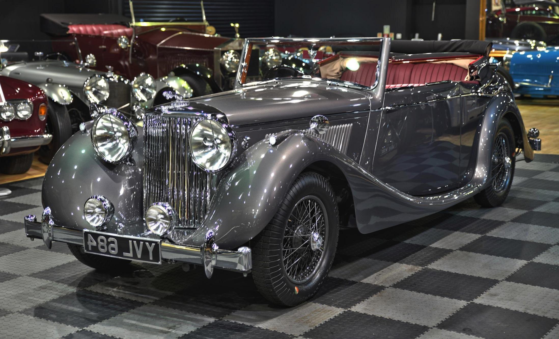 vintage-and-prestige.1522918234.65072-1